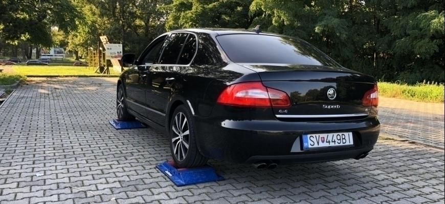 Škoda Superb V6 4×4 test